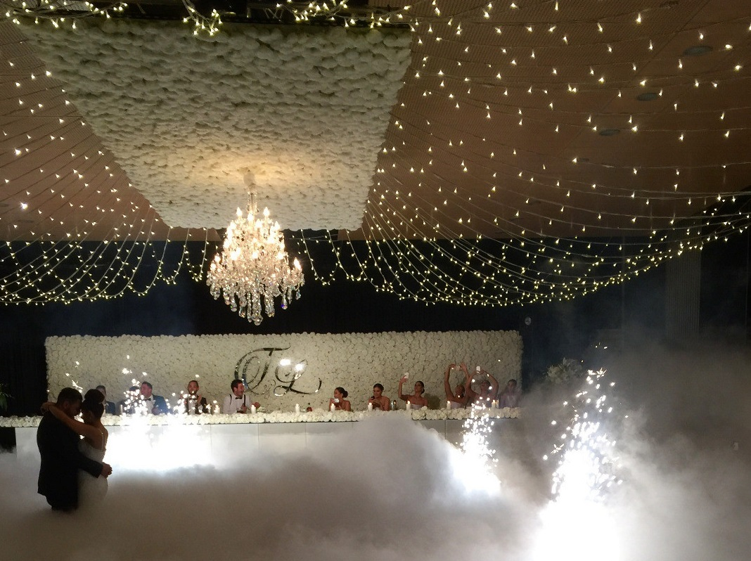 Luxe Flower Wall Hire Why The Brisbane Best Beauty Team